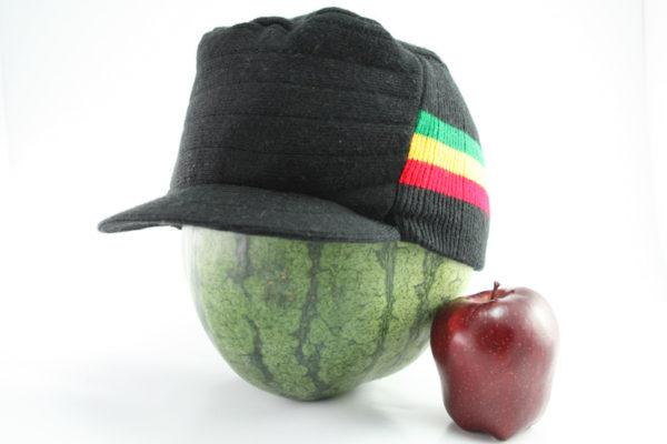Casquette Noire Hiphop Bandes Vert Jaune Rouge