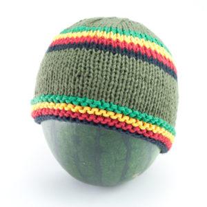Bonnet Vert Court Bandes Frontales et Milieu Vertes Jaunes Rouges Noires