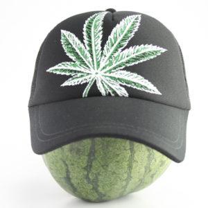 Casquette Noire Grosse Feuille de Cannabis