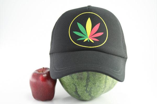 Casquette Noire Cannabis Vert Jaune Rouge