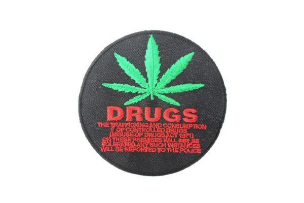 Ecusson Noir Cercle Prohibition Drogue