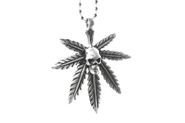 Chaine Pendentif Cannabis Tête de Mort