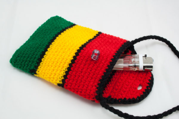 Sac Cigarettes Rasta Crochet Bandoulière Bouton