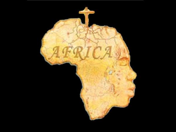T-Shirt Visage Afrique Coloris Noir à Manches Courtes Taille L